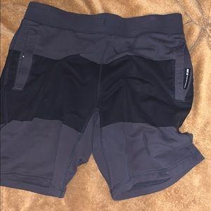 Worn Once Nike SB Mens Shorts (Secret Pockets)